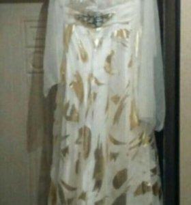 Платье шикарное,для любого праздника