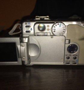 Продаётся цифровой фотоаппарат