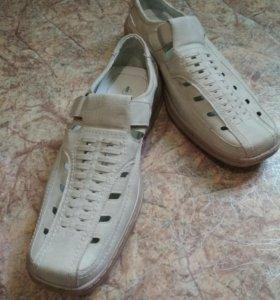 Новые мужские туфли 49 размера
