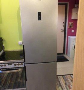 Холодильник Hotpoint - Ariston HF 5200 S