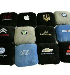 Самый лучший подарок для мужа-подушка с логотипом