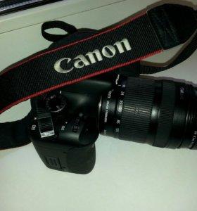 Canon 550D Объектив Canon EF-S 18-135mm
