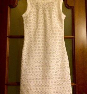 Платье-футляр Nelva 40-42 p-p
