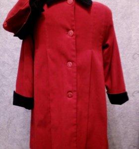 Комплект пальто и шляпка на девочку.