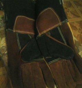 Перчатки специальные срилковые судлиненными крагам