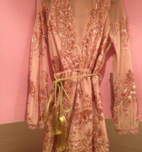 Комбинезон -платье в паетках