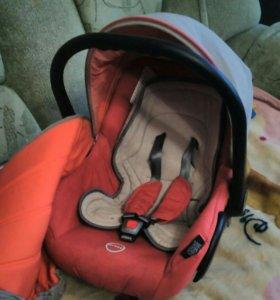 Кресло детское в авто