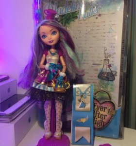 Кукла Ever After High Madeline // Мэделин Хаттер