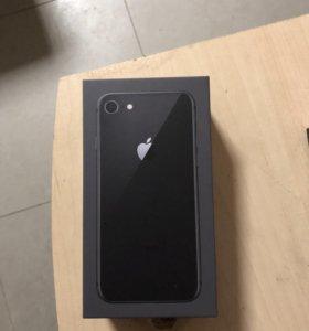 Айфон 8 на 64гб