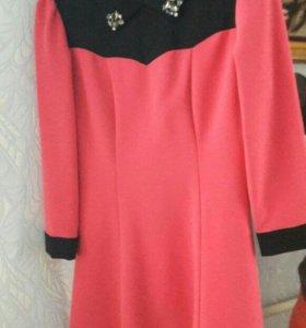 Платье шелковый трикотаж новое