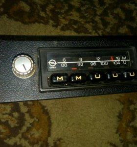Автомобильное радио OPEL