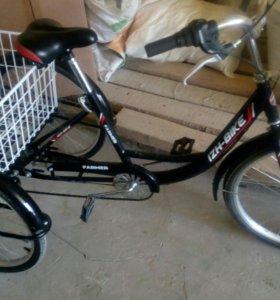 Велосипед трех колеснвй