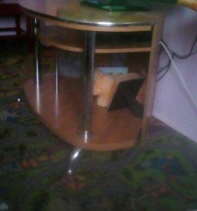 Столик под тв срочно