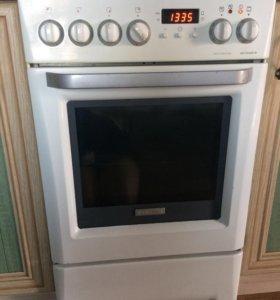 Электрическая плита Elektrolux
