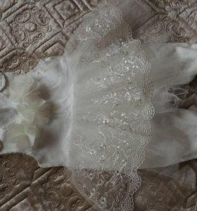 Платье на выписку девочке сделан под комбез