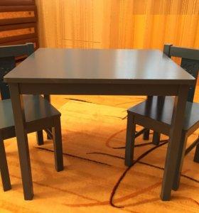 Детский столик и 2 стульчика синий (IKEA)