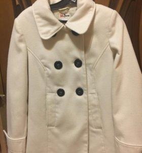 Пальто короткое. 46р