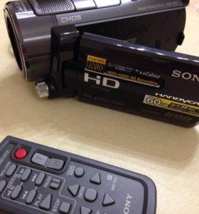 SONY Full-Hd цифровая видеокамера HDR-SR11E.