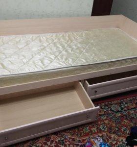 Кровать + матрац, шкаф