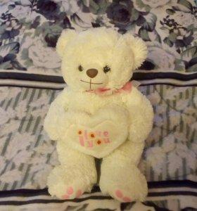 Мягкая игрушка.Медвежонок.