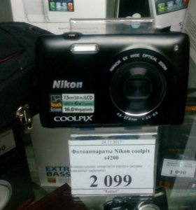 Фотоаппарат Nikon Coolpix s4200