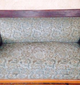 Сталинский диван