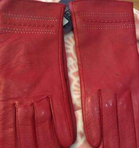 Перчатки  новые женские кожаные