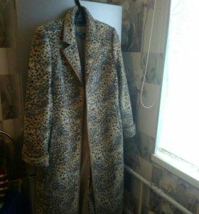 Пальто шерстяные