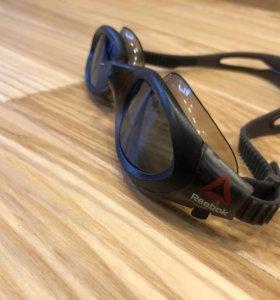 Плавательные очки Reebok б/у