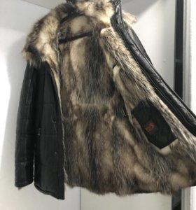 Зимняя куртка на меху .