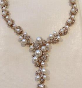 Ожерелье-бижутерия