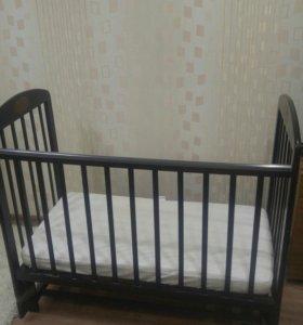 Кроватка+матрас+наматрасник
