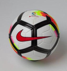 Футбольный мяч Nike - новый