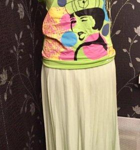 комплект новая юбка и футболка