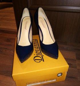 Туфли синие кожа лак 35