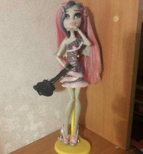 Кукла Monster High Рошель (1500 руб скидка до пт)