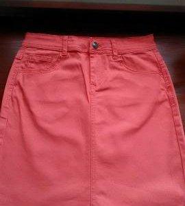 Новая юбка-джинсовая.