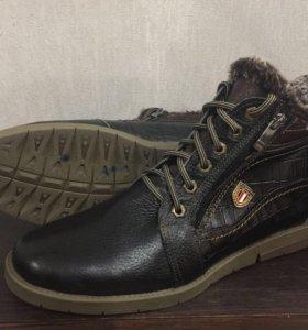 Кожаные ботинки (новая)