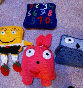 Вязаные игрушки подушки