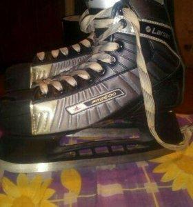 Хоккейные коньки, 40размер