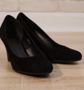 Туфли замшевые 35