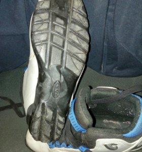 Лыжные ботинки 37 и 41 размера