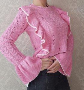 Укороченный свитер 42-44