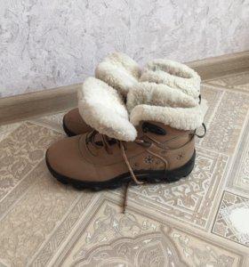 Кроссовки с натуральной овчиной
