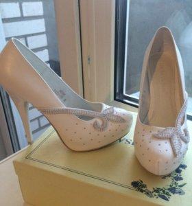 Свадебные туфли (кожа)