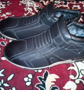 Новые зимние ботинки р.45