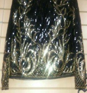 Блуза в пайетках