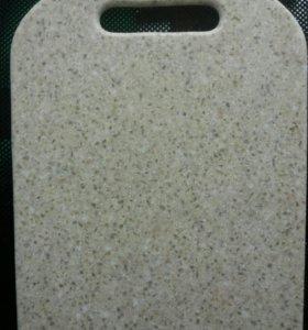 Разделочная доска из искусственного камня.