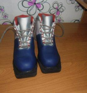 Беговые  ботинки