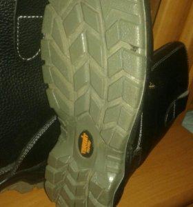 Ботинки(сапоги) мужские